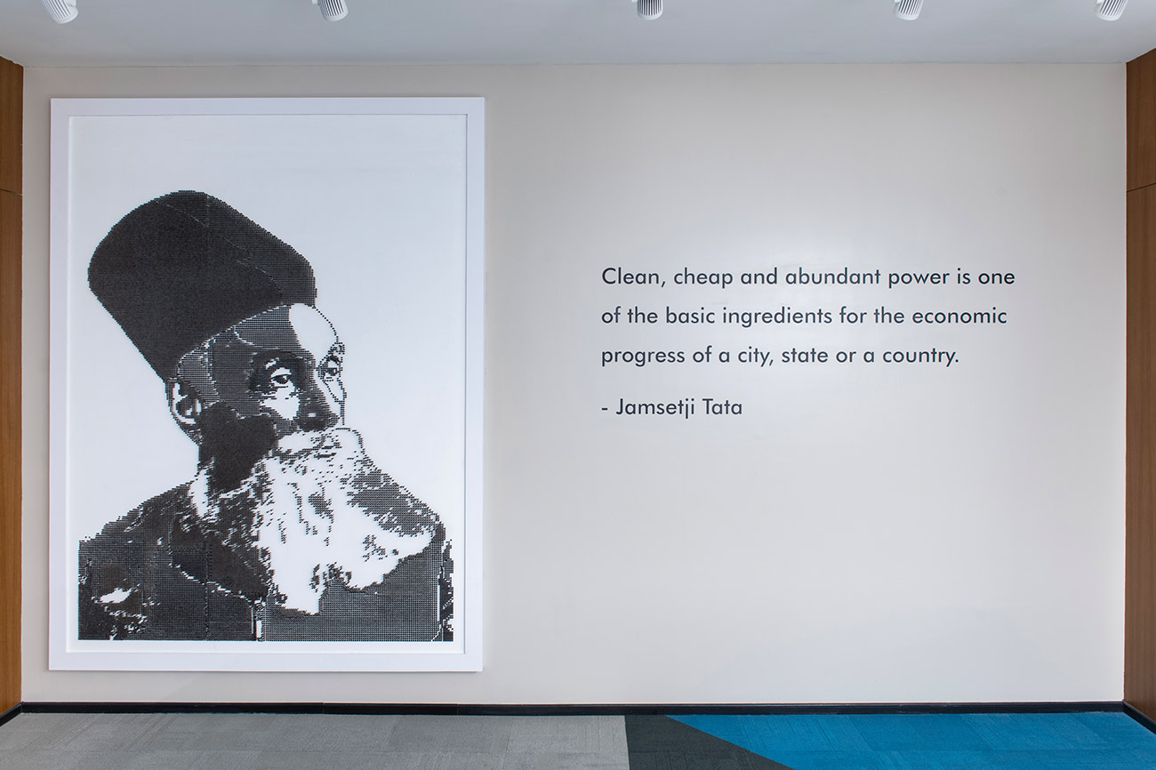 Almost 40,000 anodised screws were used to create this life-size portrait of Jamshetji Tata, the founder of the Tata group. Standing tall at 8×6 ft, it occupies a place of pride on the Tata Power Wall. It offers a three-dimensional view in multiple gradients, bringing to life the light behind the vision.